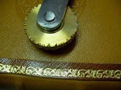 Dorado - rueda